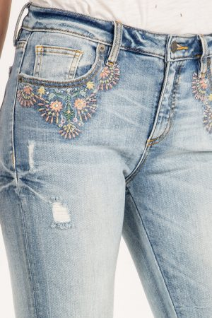 Miss Me Jeans *Alluring Blooms*